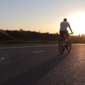Nagłe zatrzymanie u rowerzysty i szczęśliwy finał